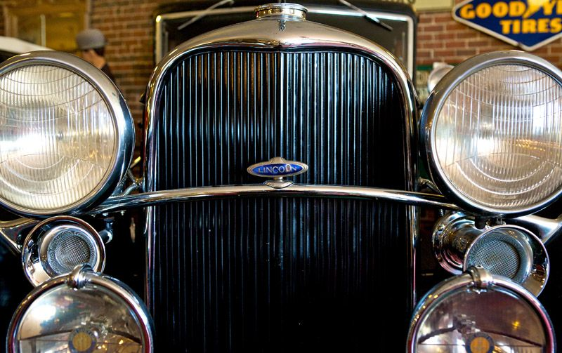 Vintage Lincoln - Canton Classic Car Museum - image © matt frederick