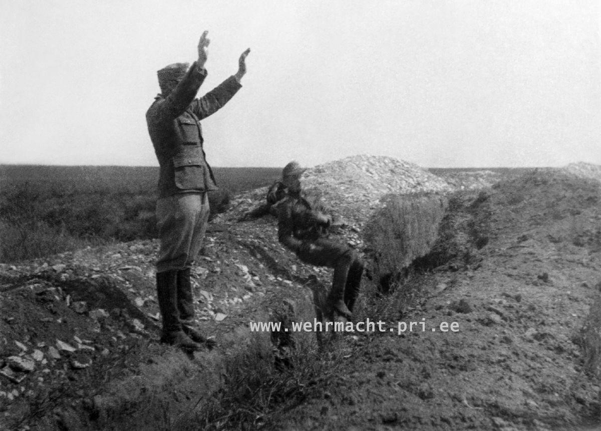 World War II Pictures In Details: The Execution of Paul Maitla, Estonian Ritterkreuzträger