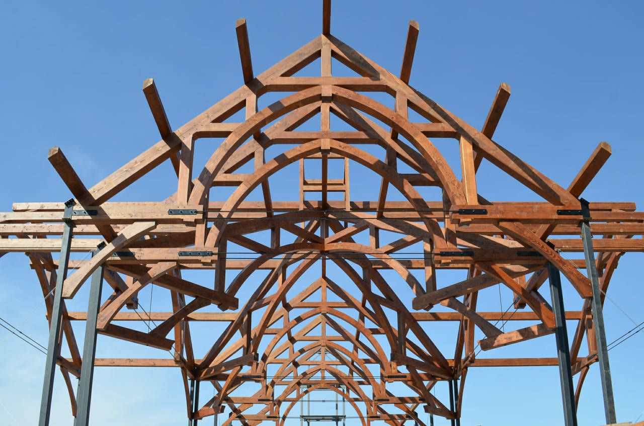 Find Out Why Wood Trusses Are Better Steel In 2020 Wood Truss Wood Steel
