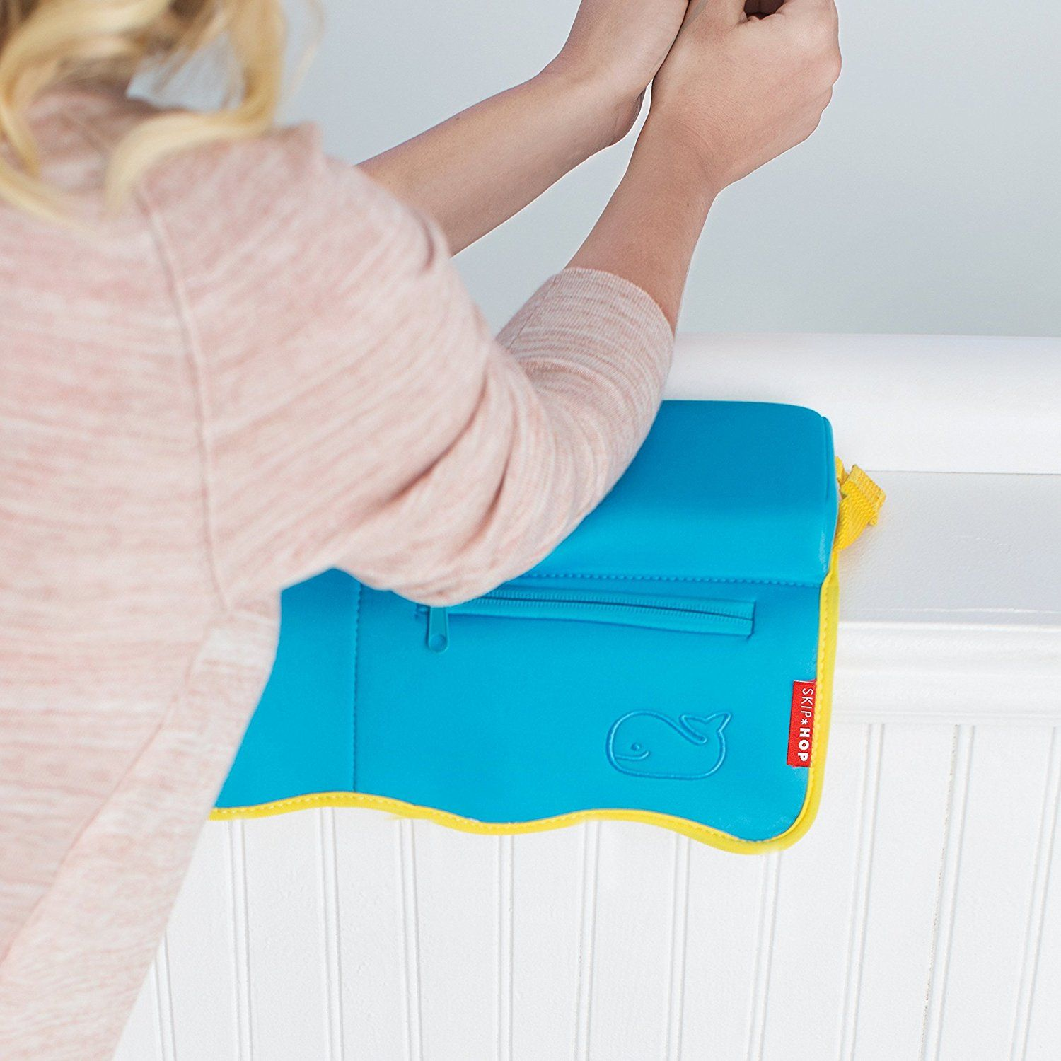 Amazon.com : Skip Hop Moby Bath Elbow Saver, Blue : Bathtub Side ...