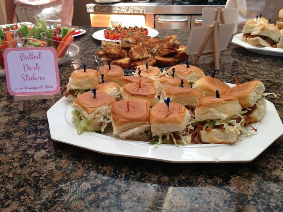 Charming Casual Dinner Party Ideas Part - 12: Pulled Pork Sliders
