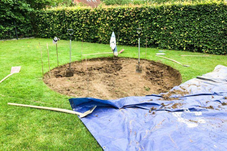 Spielplatz Im Garten 5 Grunde Fur Ein Inground Trampolin Familiethimm De In 2020 Inground Trampolin Garten Trampolin