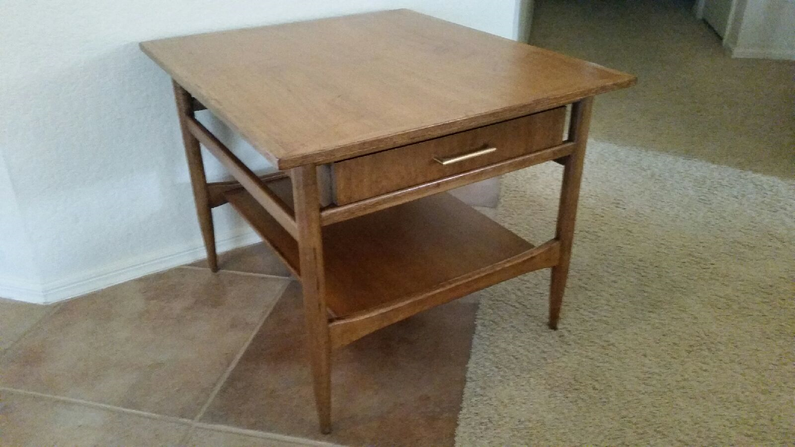 Beau Vintage Solid Wood End Table From Hekman Furniture.