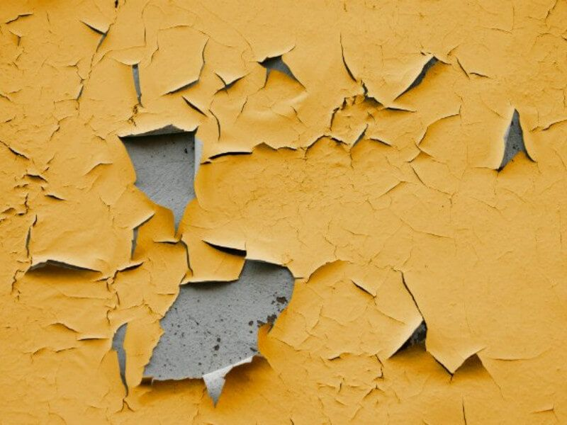 5 Reasons Why Your House Paint is Chipping (With images