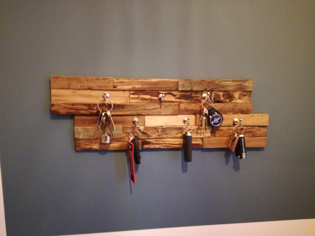 Schlusselbrett Diy Wandverkleidung Schlusselbrett Holz