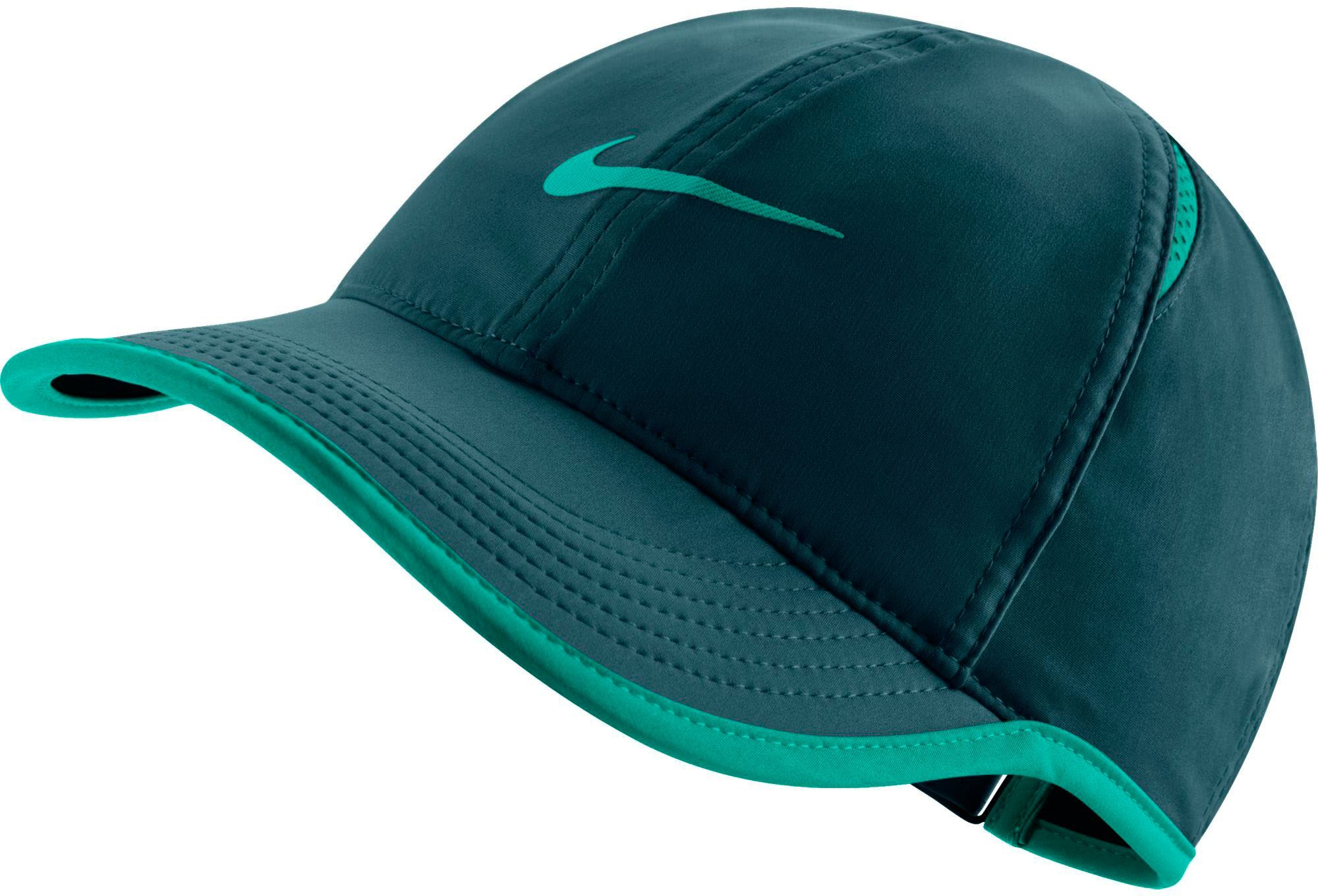4d9892ba44144 Nike Women s Feather Light Adjustable Hat