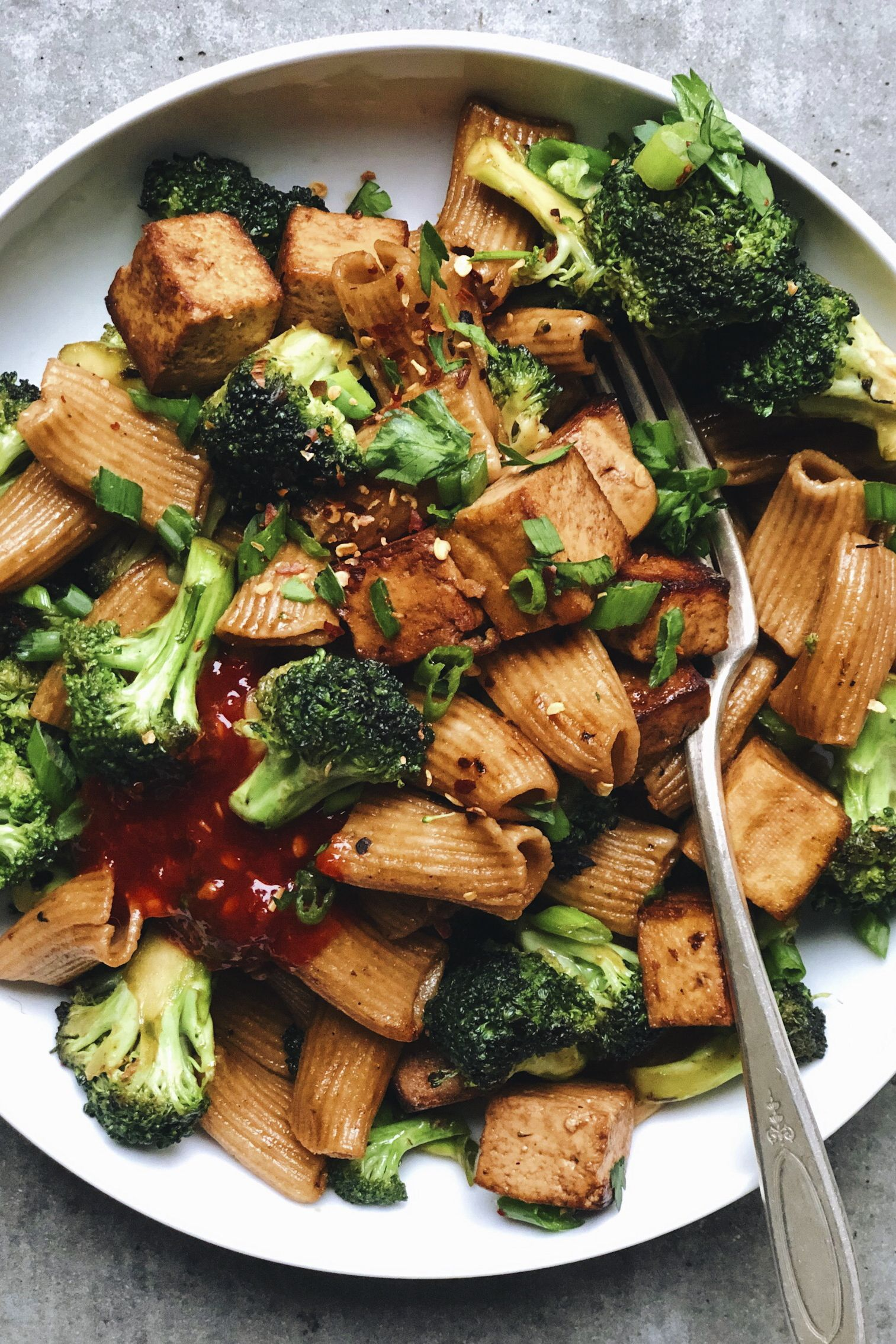 30 Minute Broccoli Tofu Pasta Stir Fry In Pursuit Of More Healthy Pasta Recipes Food Combining Tofu Pasta