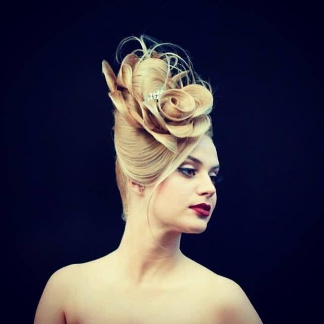 Wedding Hairstyles Drawing: Pin By 黃 思恒 On 08Hair Stylist-Farrux Shamuratov
