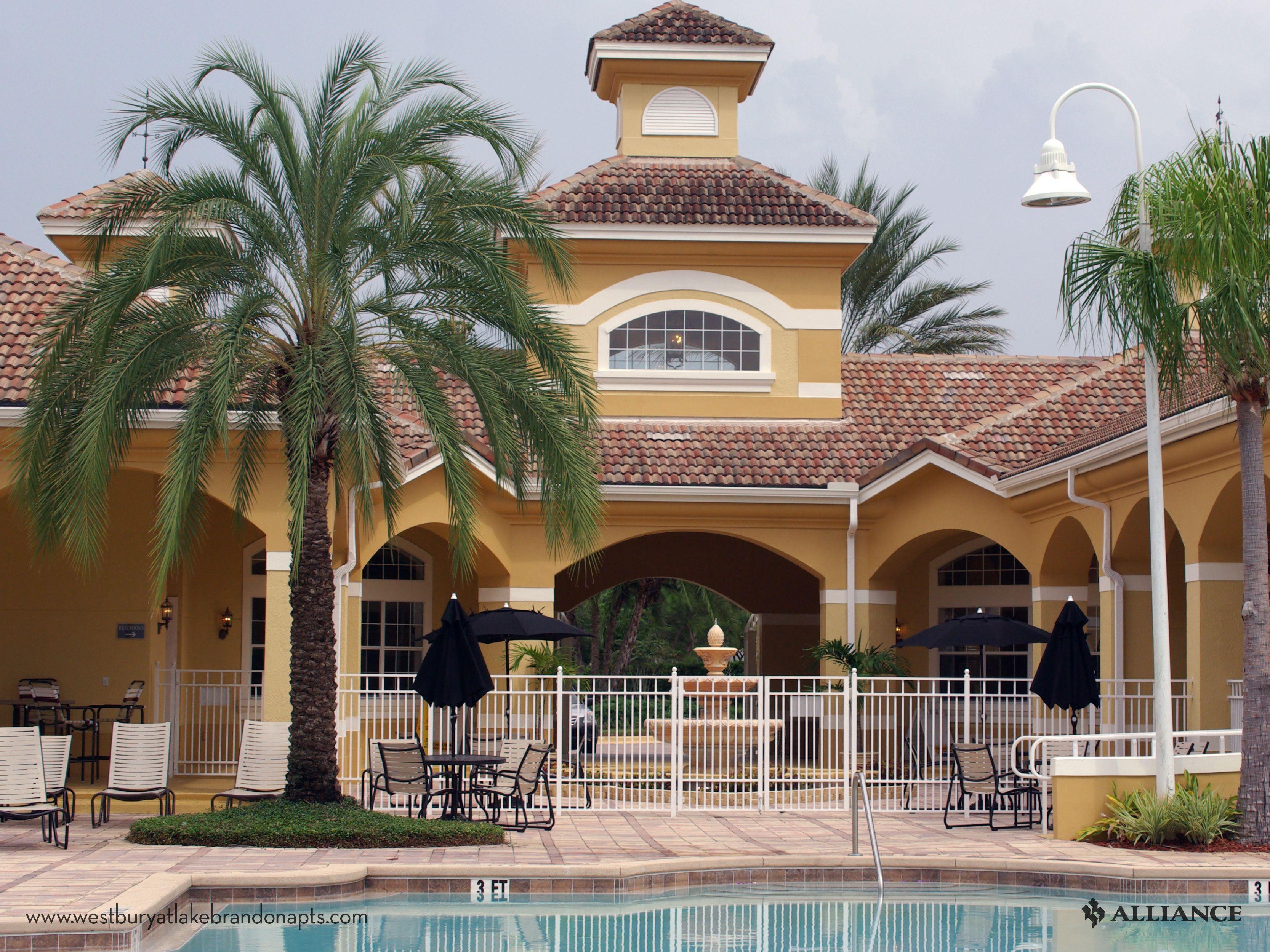 Swimming Pool At Westbury Lake Apartments In Brandon Fl Resort