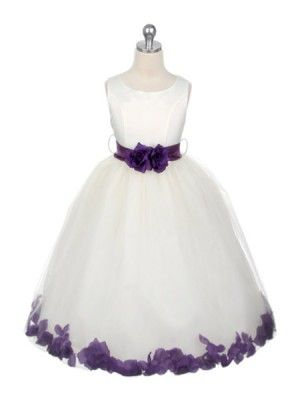900e8c1dad4 Love this flower girl dress with the petals surrounding the bottom ...