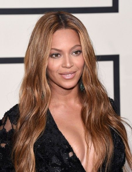 Beyonce S Best Hairstyles See Bey S Most Glamorous Hair Moments Beyonce Hair Hair Styles Cool Hairstyles