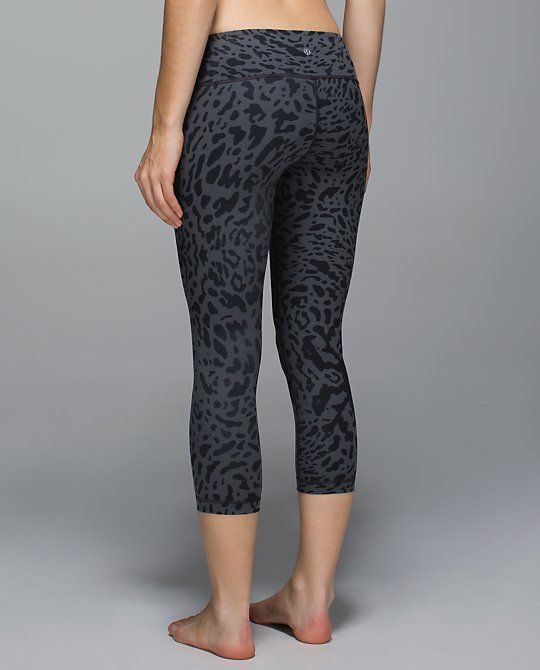 9b29bea1a3 Leopard Wunder Under Crop tights from Lululemon | // Fitness Fashion ...
