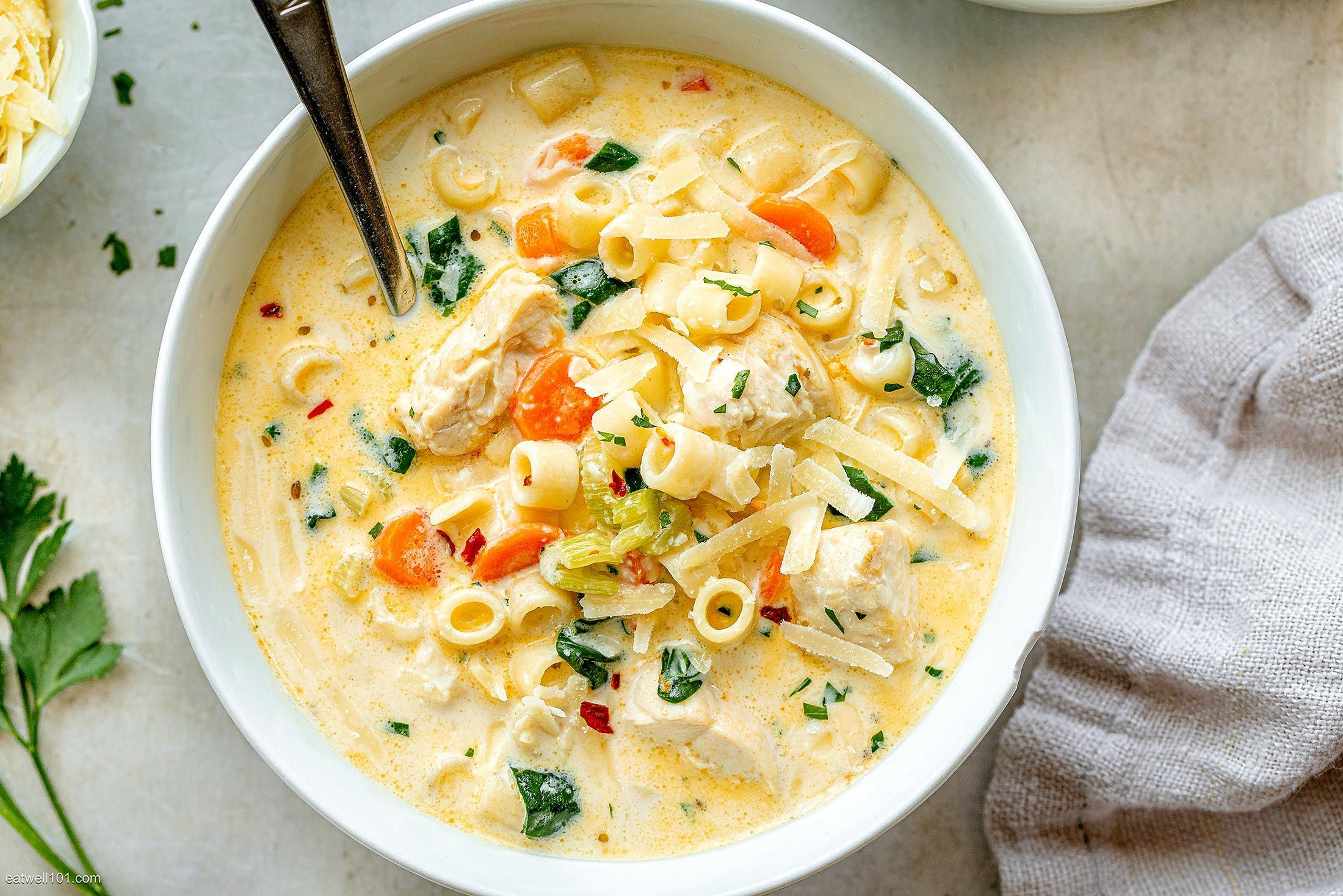 Creamy Chicken Soup With Pasta And Spinach In 2020 Creamy Chicken Soup Pasta Soup Recipes Chicken Pasta Soup Recipe