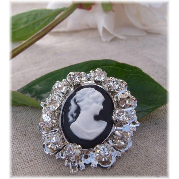 Crystal Cameo Broach - Live & Love Crafts