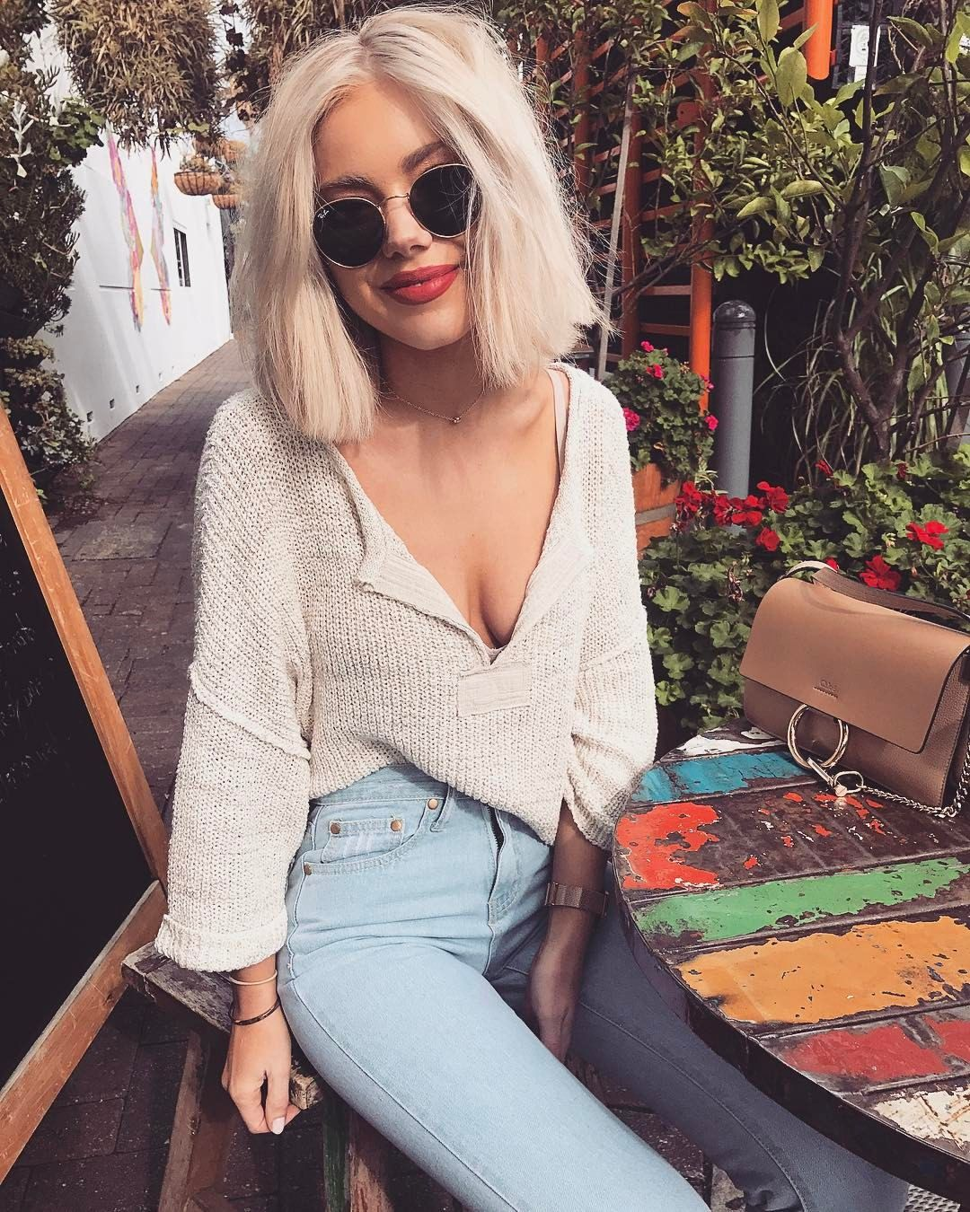 9 786 Likes 58 Comments Laura Jade Stone Laurajadestone On Instagram Forever Looking For A Nice Pair Of Light Wash Denim Showpo Fashion Style Women