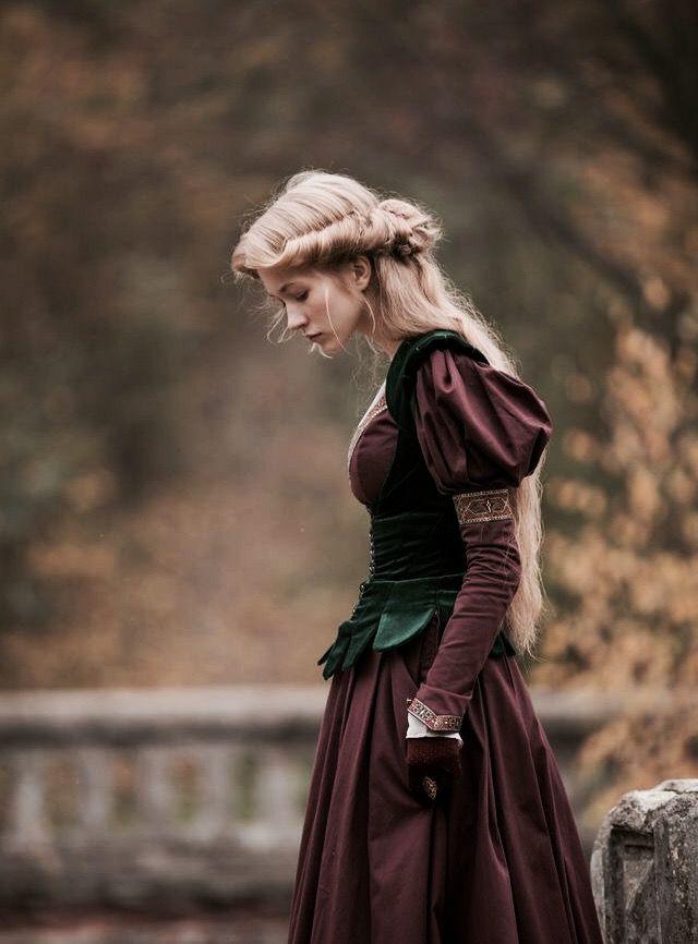 Exiled Princess Sigrid The North Realm Medieval Clothing Princess Costumes Fantasy Fashion