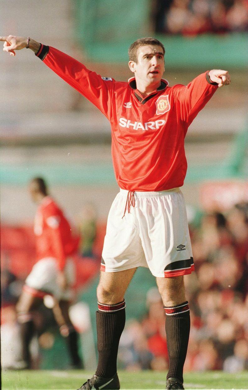 Eric daniel pierre cantona (french pronunciation: Eric Cantona's return against Liverpool - Official ...