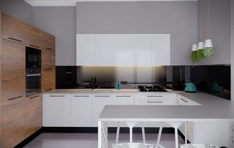 moderne Küche mit weißen Fronten und schwarzem Spritzschutz - küche spritzschutz glas