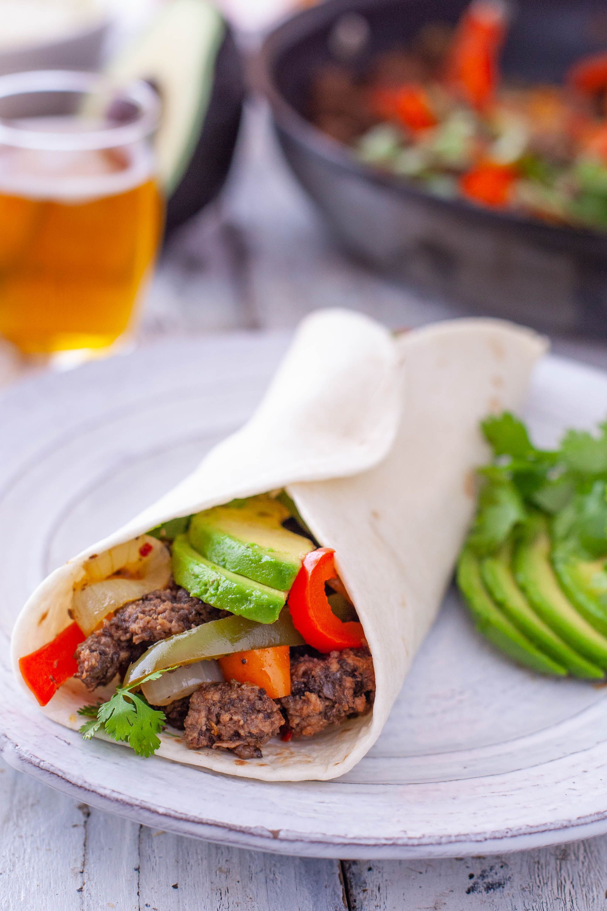 This ground beef fajitas recipe is an easy fajita recipe for a kid friendly dinner even young children can eat. Plus the beef has a secret serving of veggies! #beeffajitarecipe This ground beef fajitas recipe is an easy fajita recipe for a kid friendly dinner even young children can eat. Plus the beef has a secret serving of veggies! #beeffajitarecipe