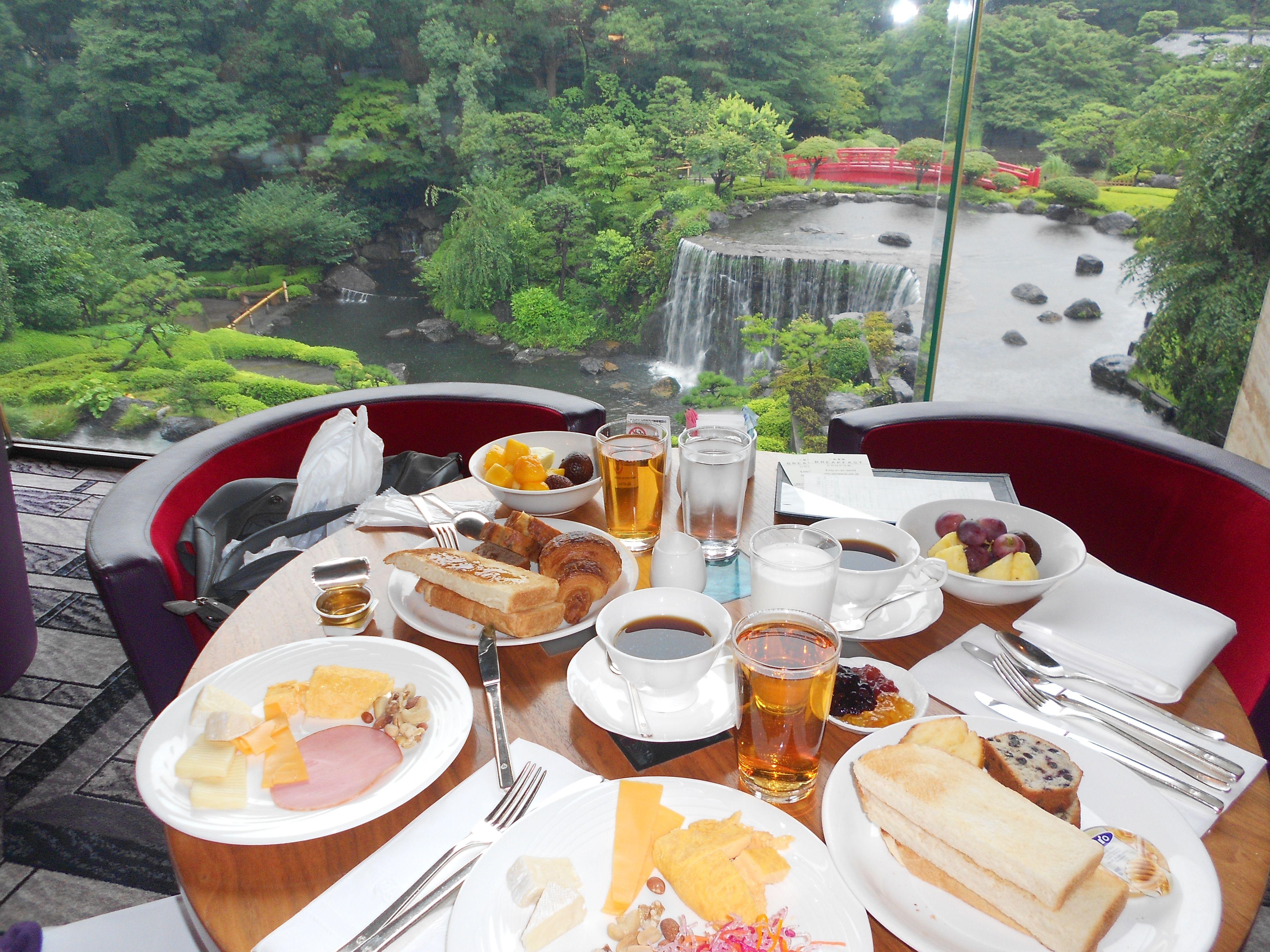 JAPÃO, Tokyo Pequeno almoço no Hotel New Otani Garden