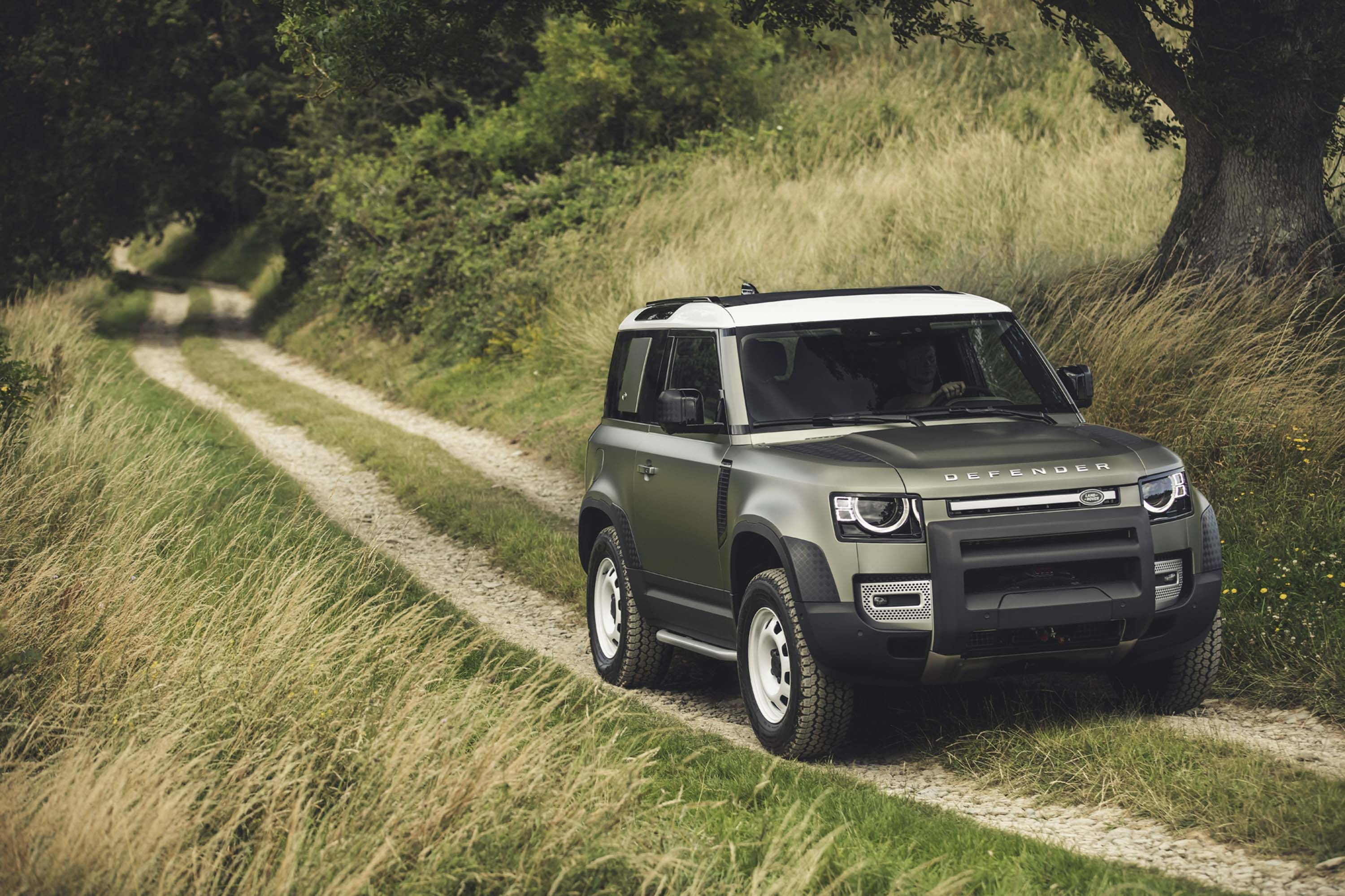 2020 Land Rover Defender Quirks And Features Land Rover Defender