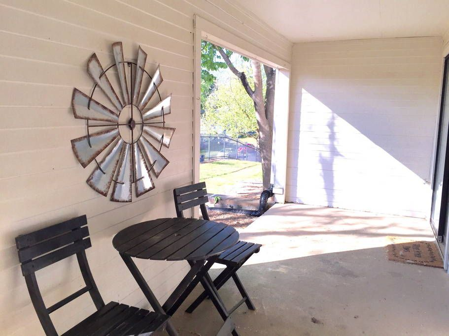 Can You Get An Apartment At 18 In Georgia Great Apt 1 Mile To Downtown Uga Apartments For Rent In Athens Apartments For Rent Apartment Athens