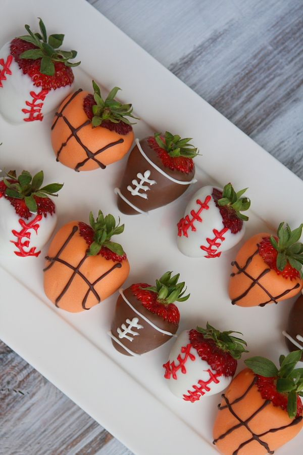 Ready for some football?  Make football strawberries!