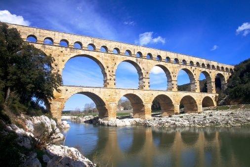 roman aqueducts and architecture Information about ancient roman aqueducts, how they were built and their various uses in rome.