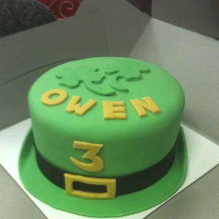 Brilliant St Patricks Day Birthday Cake With Images Birthday Cake Kids Funny Birthday Cards Online Necthendildamsfinfo