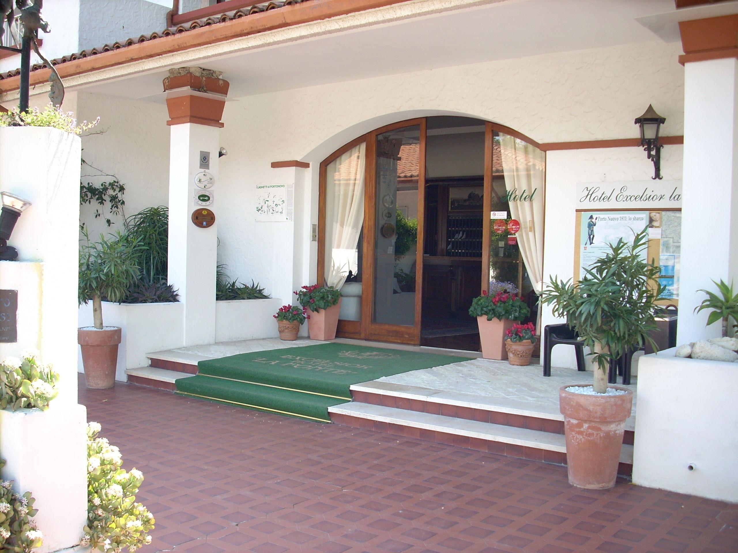 ingresso dell'hotel la fonte