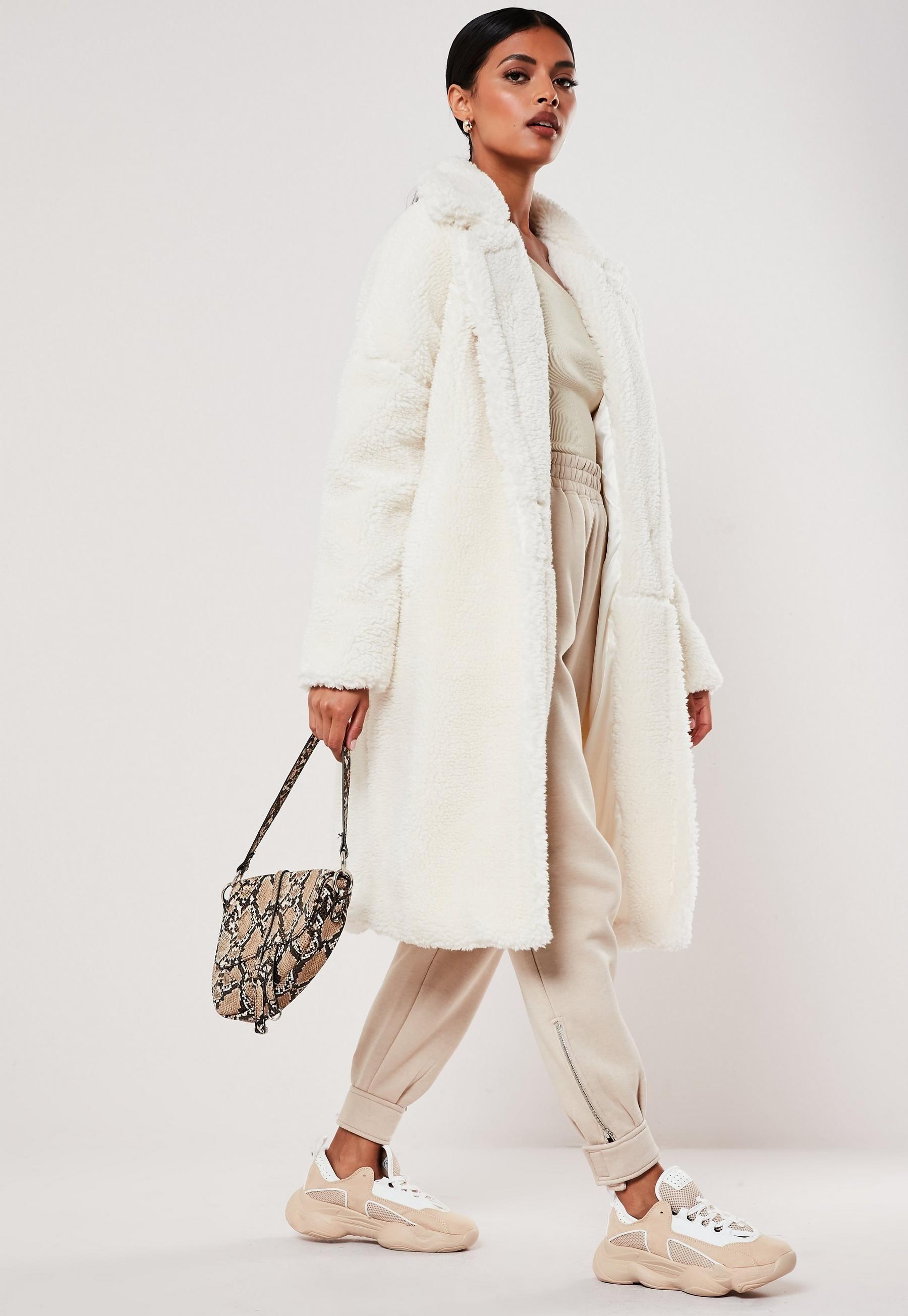 White Teddy Borg Oversized Coat Missguided Coats Jackets Women Coats For Women Coat [ 2608 x 1800 Pixel ]