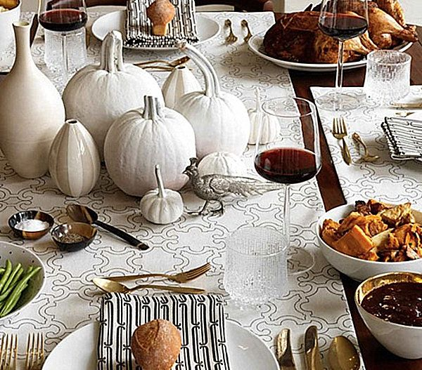Superb Thanksgiving Table Place Setting Ideas Part - 5: Monochromatic Thanksgiving Place Settings 12 Stylish Thanksgiving Table  Setting Ideas