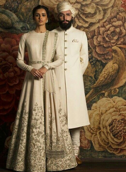 6c46e900b6 Sabyasachi | Engagement dresses! | Indian fashion, Sabyasachi ...