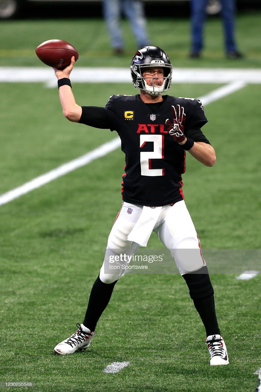 Quarterback Matt Ryan Of The Atlanta Falcons During The Week 15 Nfl Atlanta Falcons Matt Ryan Quarterback