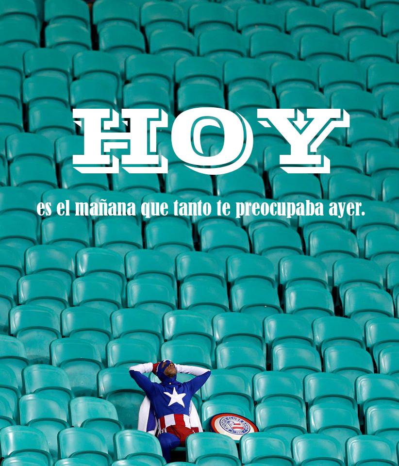 Hoy es el mañana que tanto te preocupaba ayer. http://alancollado.blogspot.mx/2014/12/hoy-es-el-manana-que-tanto-te.html#.VJdCfF4Aw4
