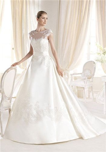 Love! #myfauxdiamond #weddinggowns #bride #jewelry  LA SPOSA Costura Collection - Iodice