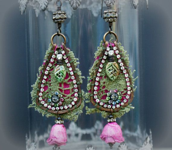 The Rose Bohemian green lace teardrop by moonwingcrafts on Etsy