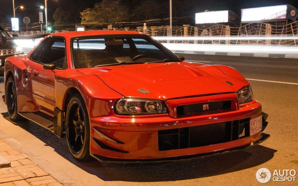 Lovely Nissan Skyline R34 GT R V Spec II Nür 2
