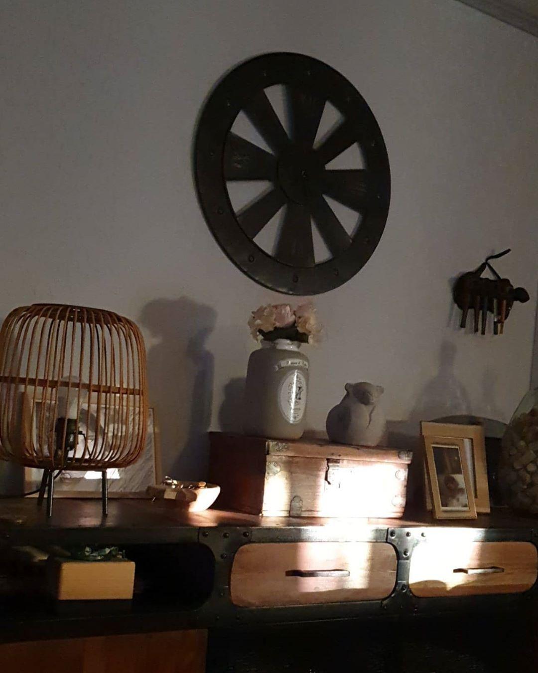 awesome  #18h39 #antique_r_us #bambou #broc #brocante #cadeauenavance #chezmoi #corse #corsica #decoaddict #decorationinterieur #lampe #lovethefeedsyoufollow #lovethefeedsyoufollow_home #lumiere #madecoamoi #maisondumonde #mydecor #soleil #sun