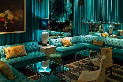 Turquoise hotel lobby. Gorgeous!