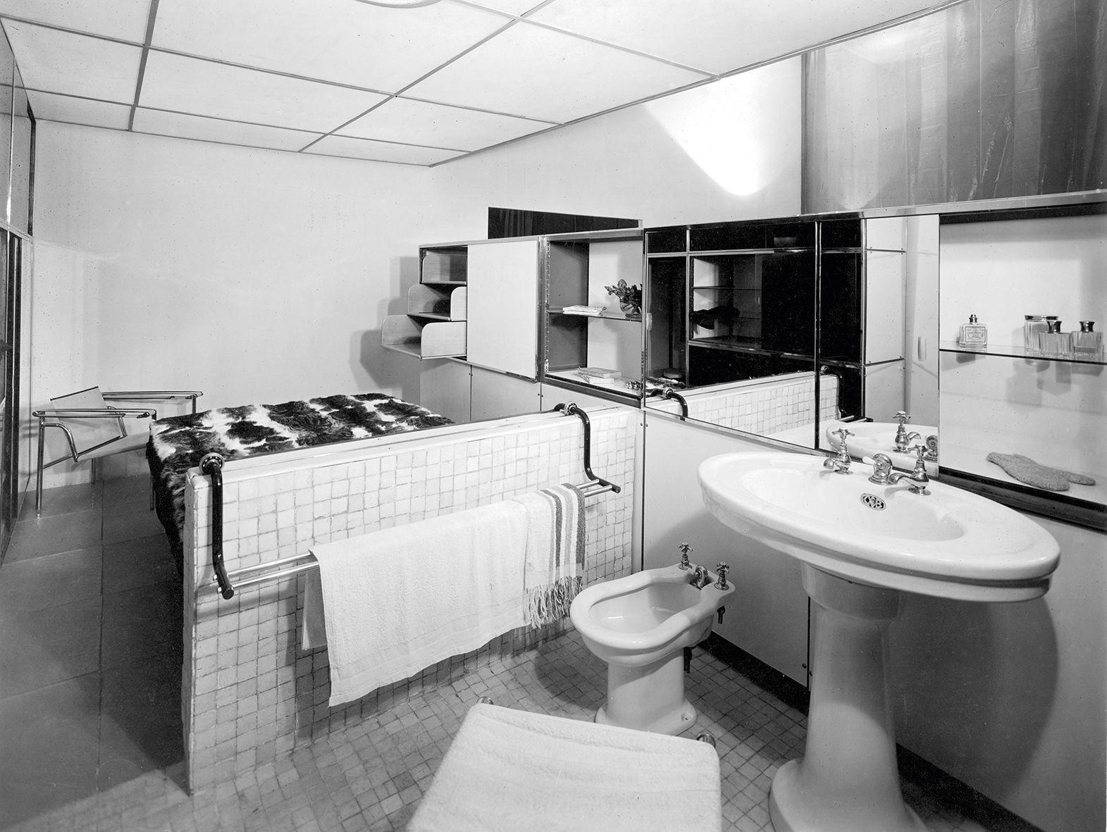 Furniture interiors by le corbusier colorfully loud - Le corbusier design ...