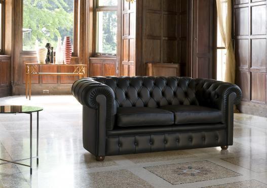 Sofa chester 2 sitzer authentische capitonn for Italienische ledersofas