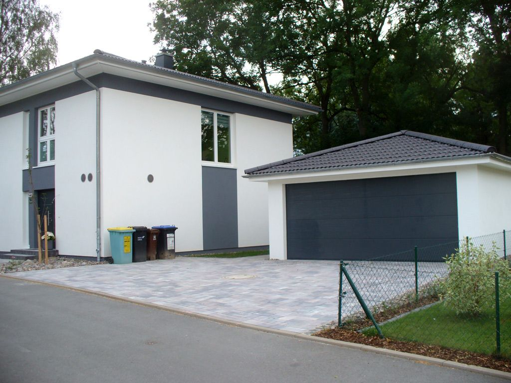 Bildergebnis für garage walmdach Walmdach, Haus bauen, Haus