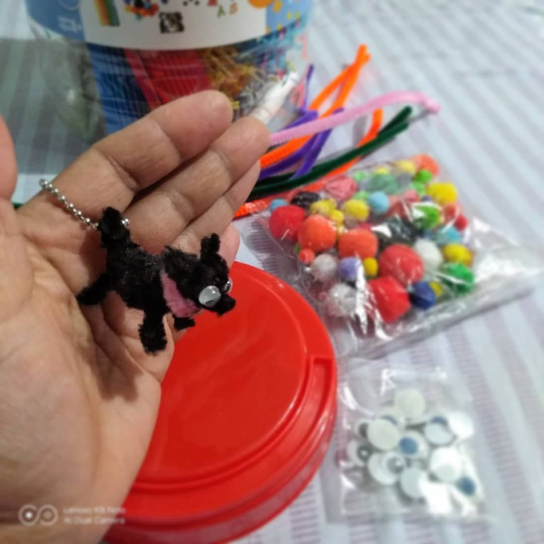 #pipecleaners #dog #chiwawa #crafts #madebyme
