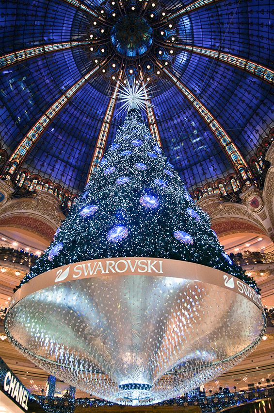 Le Sapin Des Galeries Lafayette Christmas In Paris Galeries Lafayette Paris