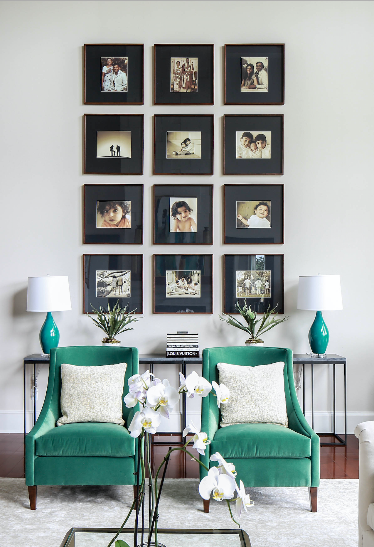 Gorgeous Transformation Of A Grand Family Room By Arianne Bellizaire Interiors In 2020 Transitional Home Decor Interior Design Living Room Living Room Decor