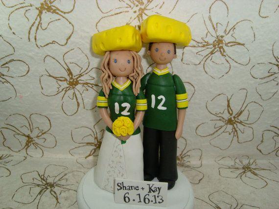 groom\'s cake ideas greenbay packers   Custom Bride & Groom Green Bay ...