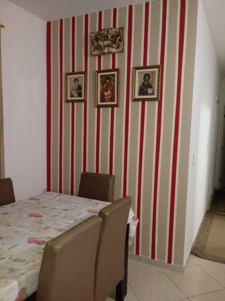 Pintura De Parede Listras Marrom Vermelho E Bege D O Destaque Na  -> Parede Sala Listrada