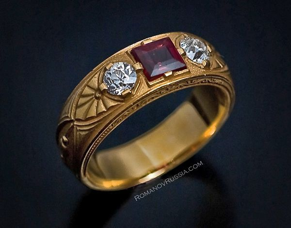 Charmant Antique Russian Gold, Spinel And Diamond Mens Ring For Sale
