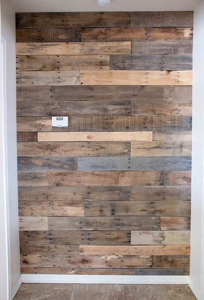 the easiest pallet wall ever, diy, home decor, home improvement - paredes de madera